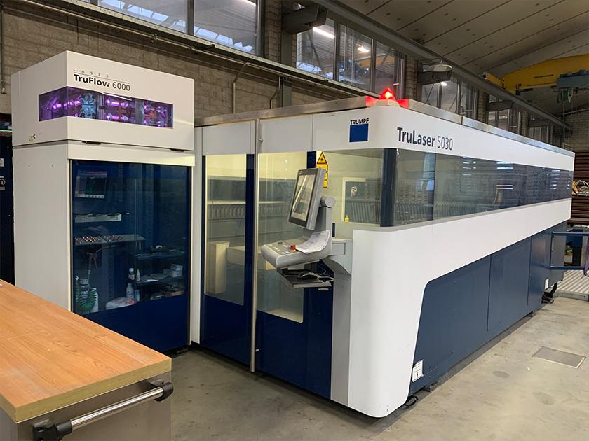 Lasersnijder machine afbeelding